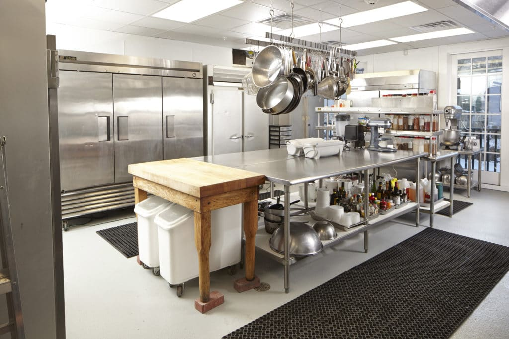 WatsonsCatering-Kitchen-20382