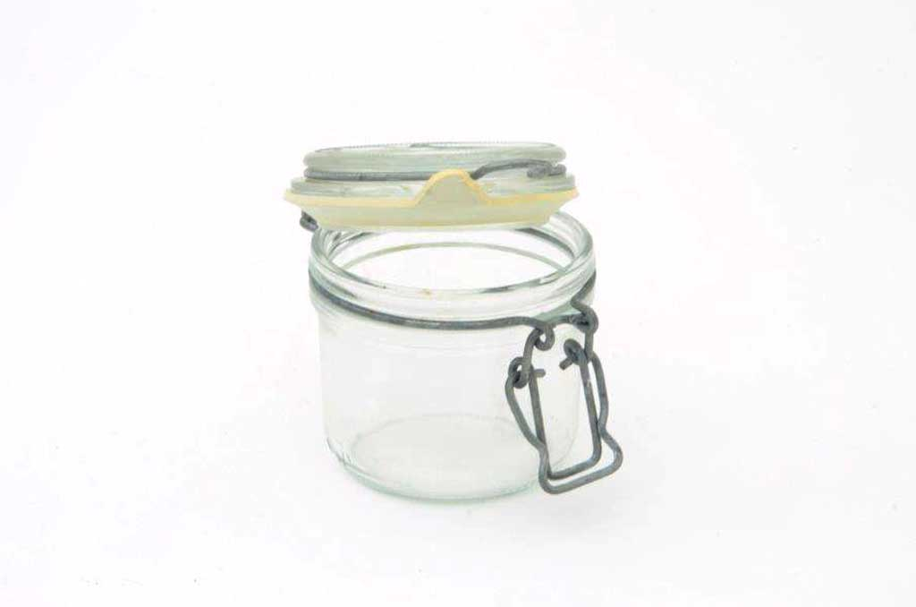 clamp-jars-for-condiments