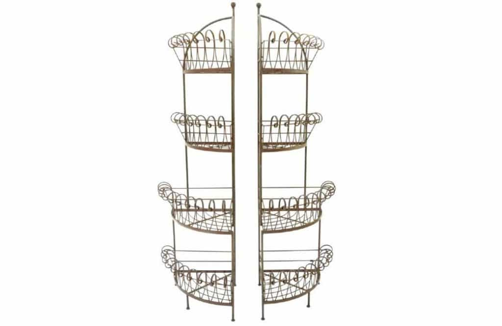 tiered bread stands